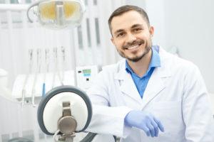 a doctor preparing to perform Ridge Augmentation